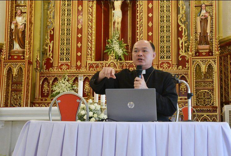 16477 tu si 9 750x507 - Đại Hội Liên Tu Sĩ Tổng Giáo Phận Hà Nội Lần II