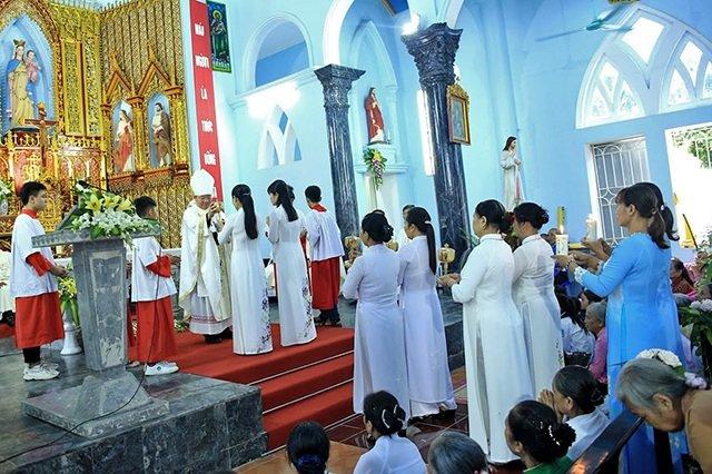 16538 tuy hien 19 - Giáo xứ Tụy Hiền: Khánh thành nhà mục vụ và Thánh lễ tạ ơn