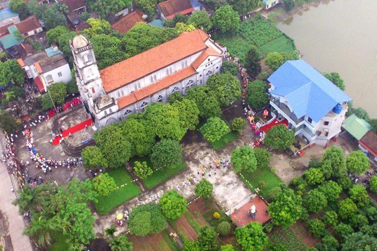 16538 tuy hien 4 750x500 - Giáo xứ Tụy Hiền: Khánh thành nhà mục vụ và Thánh lễ tạ ơn