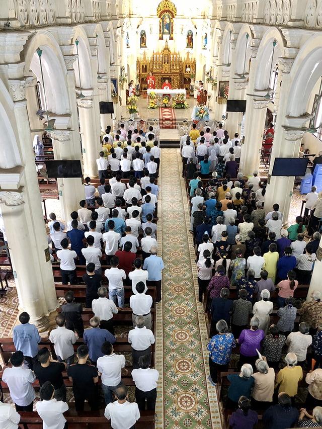 16539 thach bich 2 - Hội Trống giáo xứ Thạch Bích mừng lễ quan thầy lần thứ hai