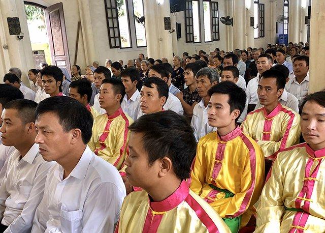 16539 thach bich 5 - Hội Trống giáo xứ Thạch Bích mừng lễ quan thầy lần thứ hai