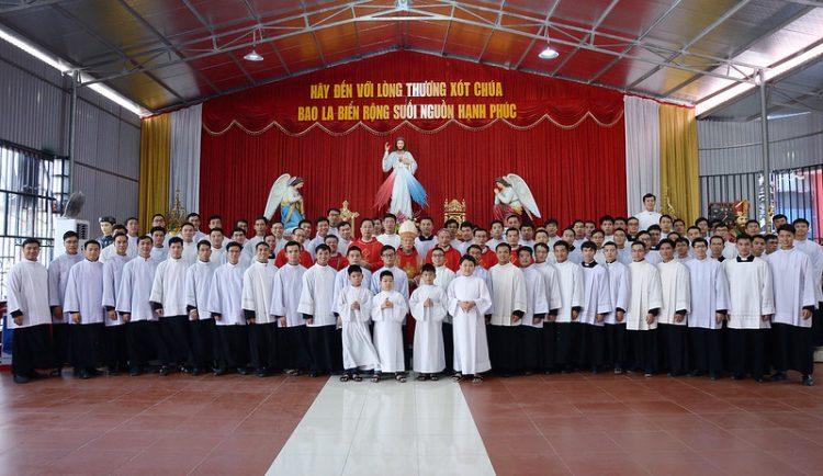 16542 dcv 6 750x434 - ĐCV Thánh Giuse Hà Nội: Những hoạt động ý nghĩa trong tháng truyền giáo ngoại thường