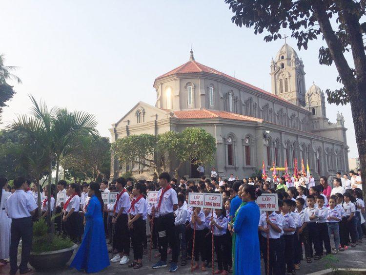 16545 cn truyen giao 1 750x563 - Giáo xứ Lường Xá: Thánh lễ cầu nguyện cho công cuộc truyền giáo