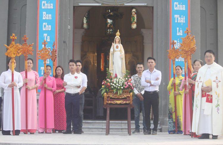 16545 cn truyen giao 3 750x489 - Giáo xứ Lường Xá: Thánh lễ cầu nguyện cho công cuộc truyền giáo
