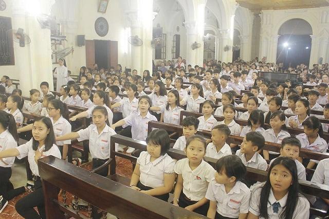 16559 tuyen hua 4  - Thánh lễ tuyên hứa dự trưởng và trợ tá Thiếu Nhi Thánh Thể giáo xứ Lường Xá