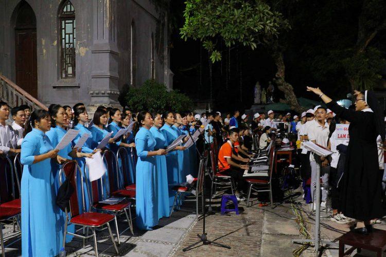 16560 gioi tre 21 750x500 - Đại hội giới trẻ giáo hạt Thanh Oai 2019