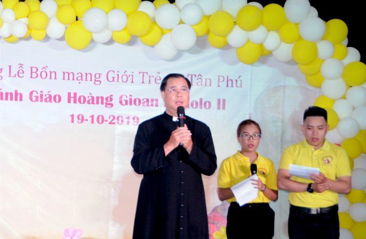 21102019 095747 8 750x491 - Giáo xứ Tân Phú: Bổn mạng Giới trẻ