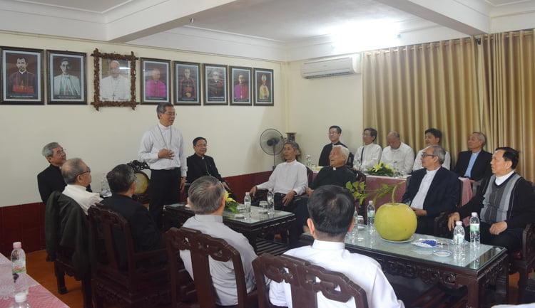 21102019 214344 750x433 - Đức Tân Tổng Giám mục Giuse Nguyễn Năng tiếp phái đoàn Tổng Giáo phận Sài Gòn- Tp. HCM