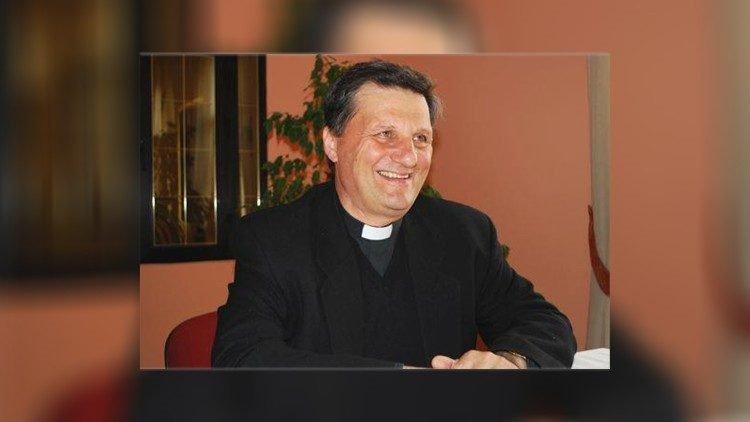 duc cha mario grech 750x422 - ĐTC bổ nhiệm Đức cha Mario Grech làm Phó Tổng thư ký Thượng HĐGM Amazon