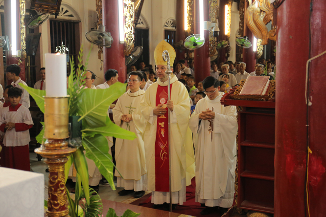 duc tong giam muc marek zalewski tham xu xam bo 39 - Đức Tổng Giám mục Marek Zalewski thăm giáo xứ Xâm Bồ