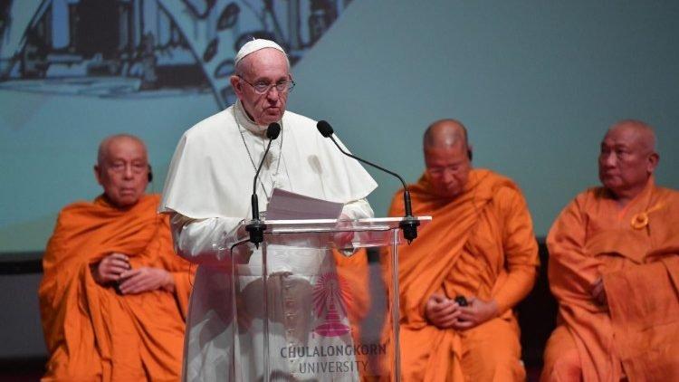 ĐTC gặp các lãnh đạo Kitô giáo và các tôn giáo khác