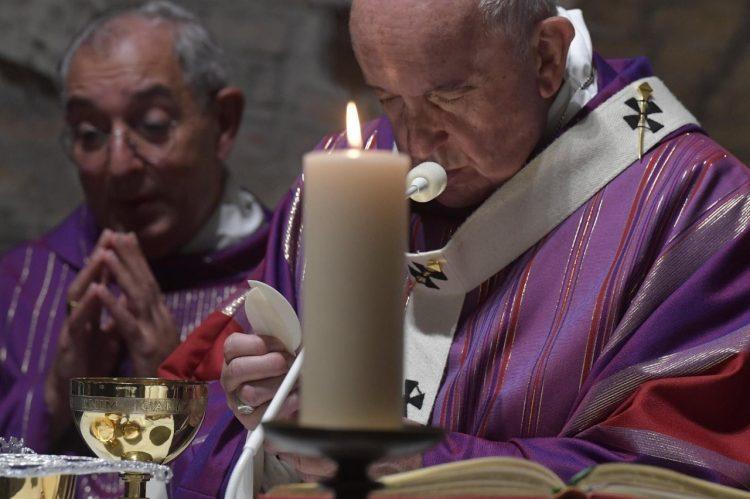 ĐTC Phanxicô cử hành thánh lễ tại hầm mộ Priscilla