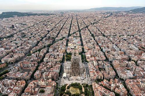 nha tho hon mot the ky chua xay xong o barcelona 2 - Nhà thờ hơn một thế kỷ chưa xây xong ở Barcelona